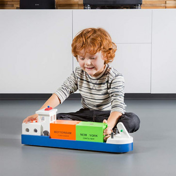 New Classic Toys - Lille Containerskib Med Hele 2 Containere